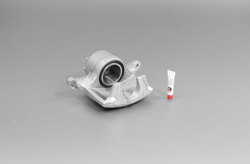 Суппорты дискового тормоза являются элементом тормозной системы автомобиля, непосредственно влияющим на безопасность движения. Замена суппортов должна осуществляться квалифицированным персоналом и производиться согласно руководству по эксплуатации, техническому обслуживанию и ремонту автомобиля.
